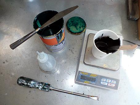 Vorbereiten und mischen der Druckfarben
