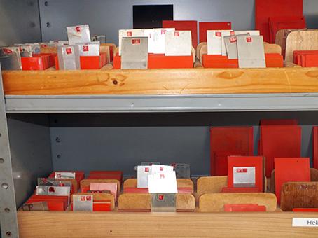 Druckplatten bzw. Klischees in verschiedenen Größen